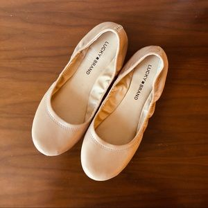Lucky Brand Emmie Leather Ballet Flats in Latte